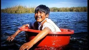 Niño del lago Titicaca.jpg